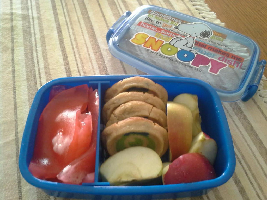 Snack Bento by pinkyziggy444
