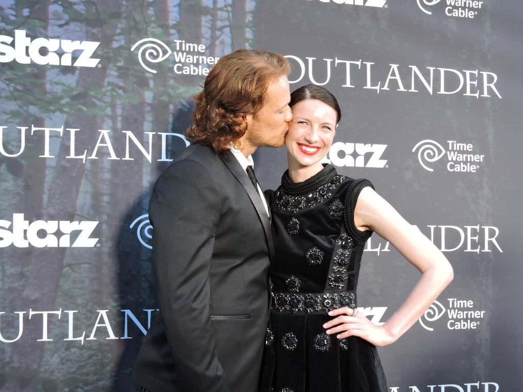 Sam and Caitroina cozy up on the Tartan Carpet by IreneAdler76