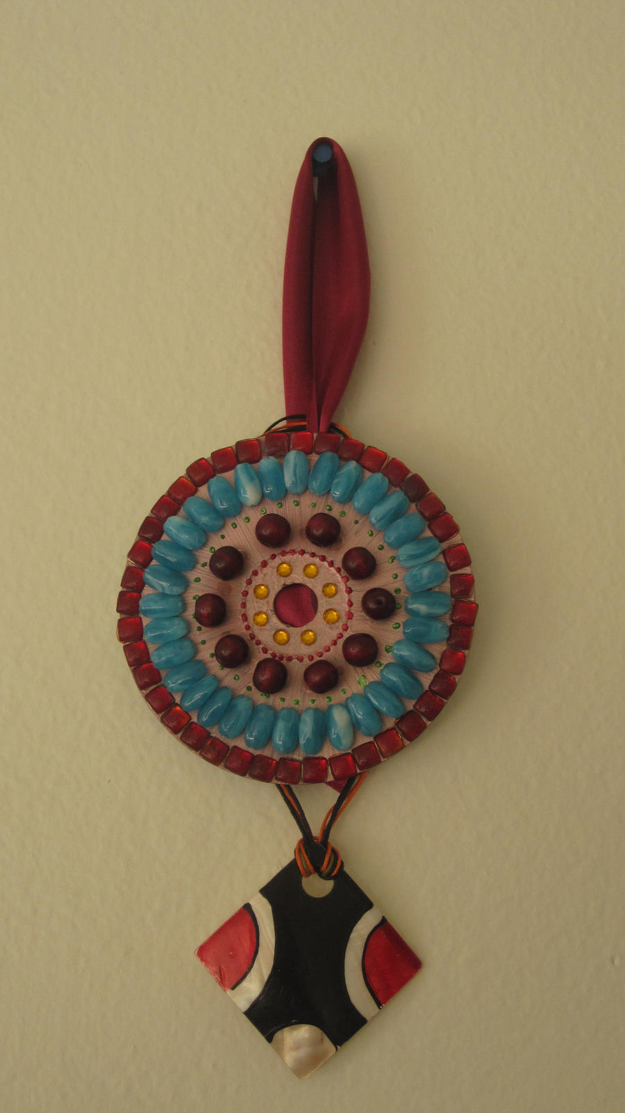 Wall hanging made out of cd by sukanyakr on deviantart for Wall hanging from waste