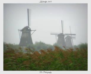 Kinderdijk 2005 by WestOz64