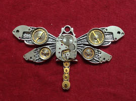 Handcrafted Robot Dragonfly by lollollol2