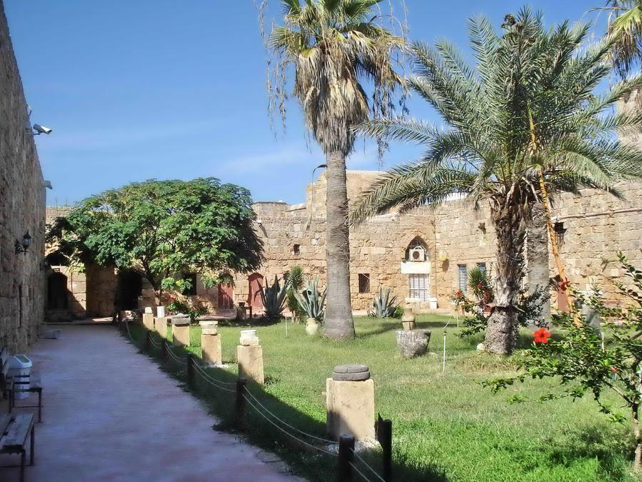 in_arwad_castle___tartous__syria_by_aidaabozaid-d4rgy48.jpg