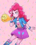 Pinkie Pie blowing balloon