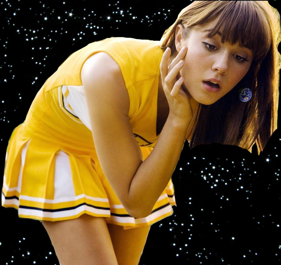 GIGA GIANTESS MARY ELIZABETH WINSTEAD by GIANTESSGIRL37