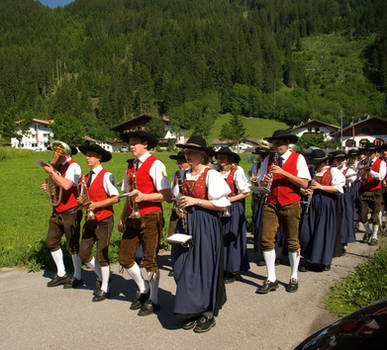 Music band marching in 2 by steppeland