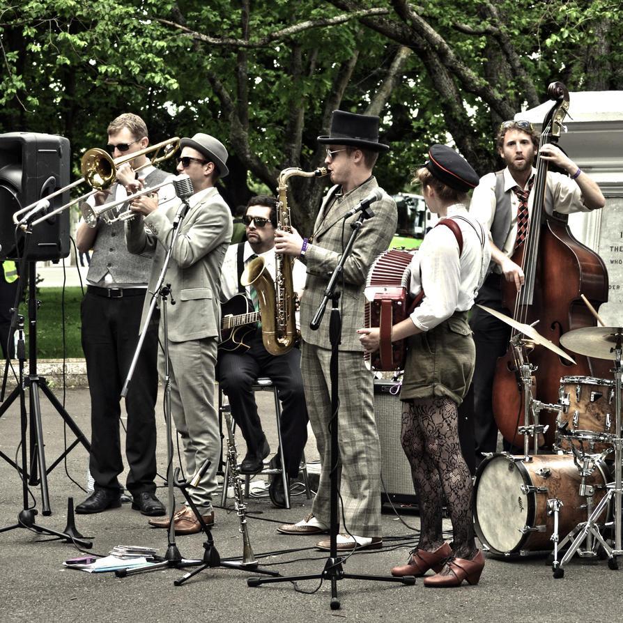Toast Martinborough Musicians 3 by jojo22