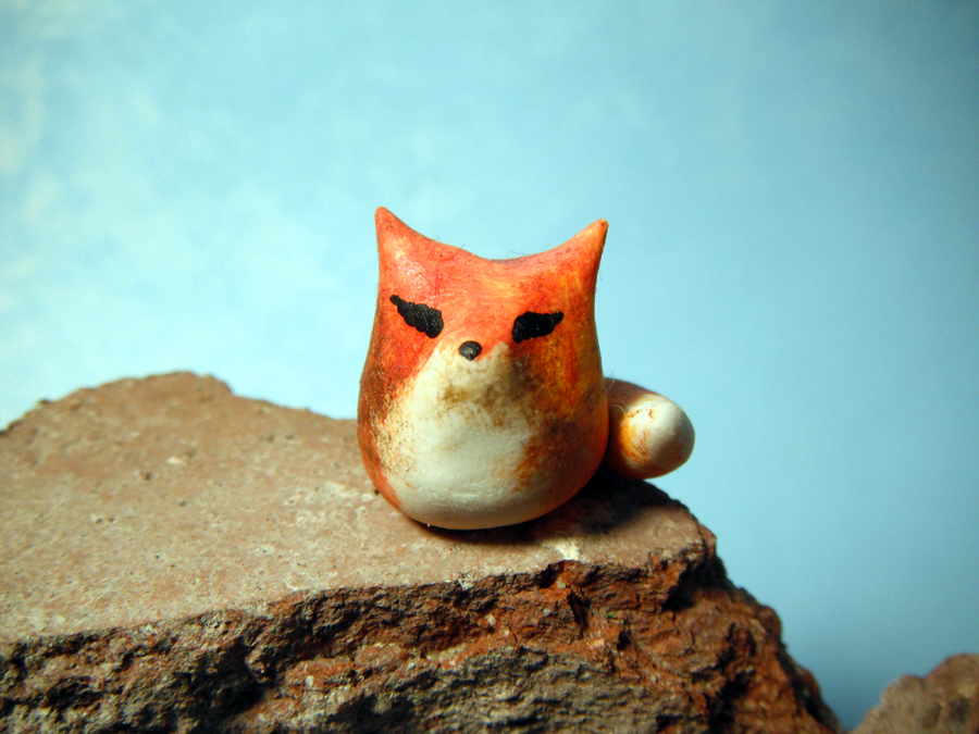 Miniature Fox by MaryBunnie