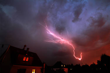 Lightning over Munich #1 by flu0rgfx
