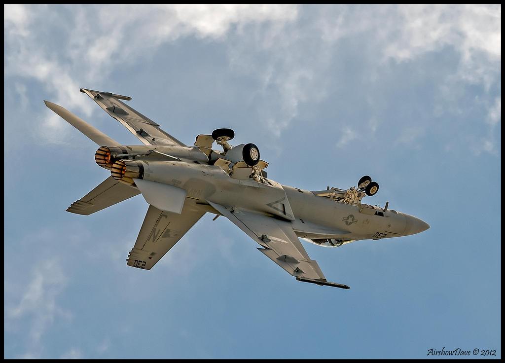 F/A-18E/F  Super Hornet Miramar 2012 by AirshowDave