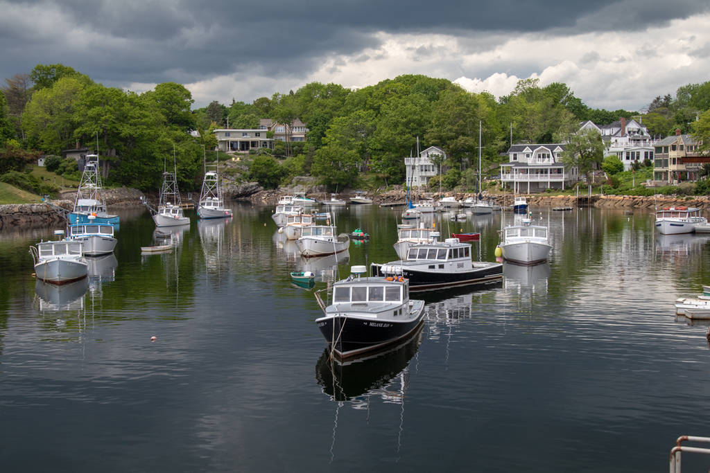 Perkins Cove Oqunquit Maine by isramedia