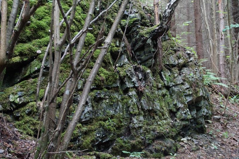Mossy rocks by CursedCandy