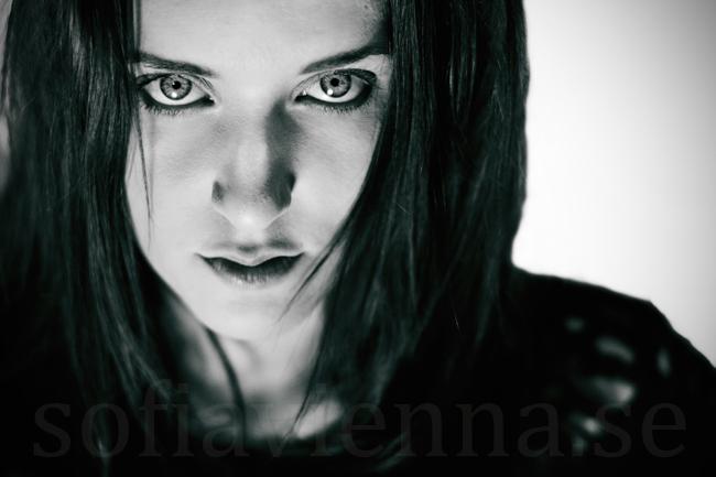 Sara BW by sofiavienna