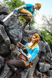 Link and Zelda cosplays (Breath of the Wild, BOTW)