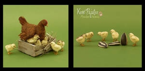 Miniature scale hen and chicks sculpture by Pajutee