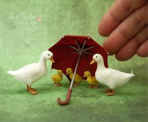Miniature Pekin Duck Family Sculptures by Pajutee
