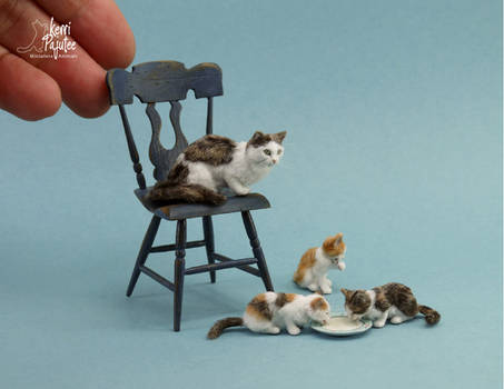 Miniature Cat and Kitten sculptures