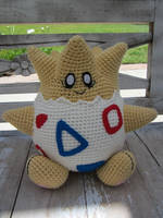Crocheted Togepi by aphid777
