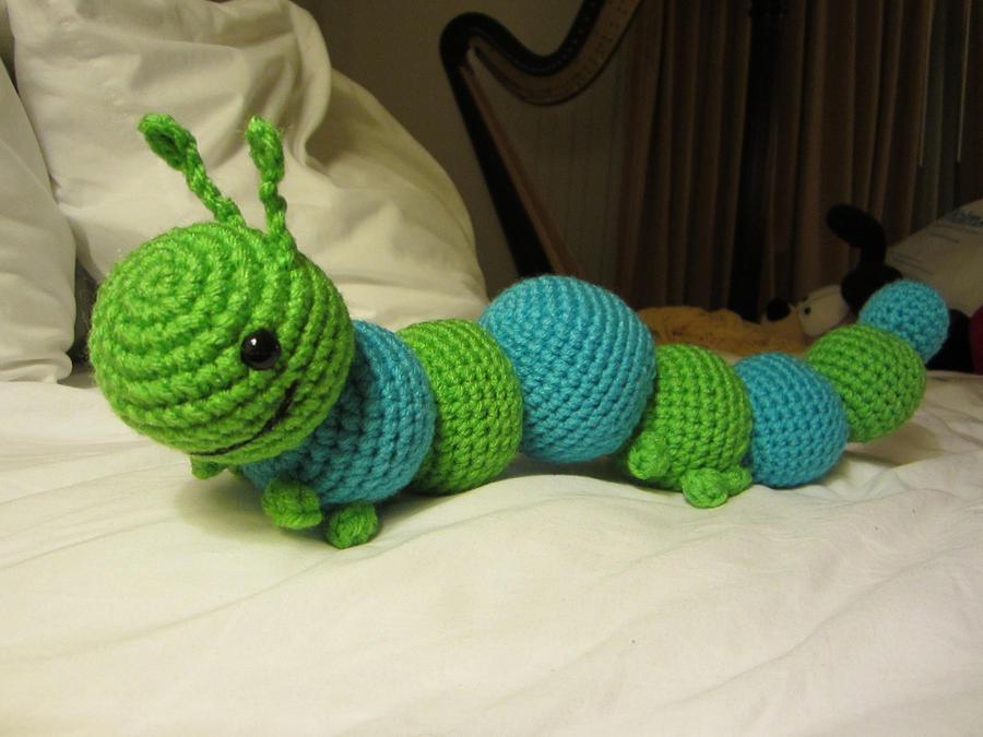 Amigurumi Caterpillar : Amigurumi caterpillar: 48 best crochet creepy crawlies images on