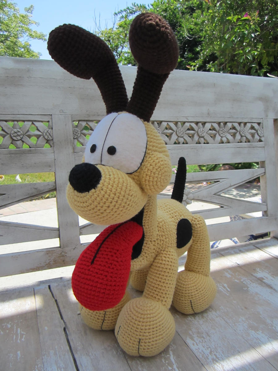 Crocheted Odie! by aphid777