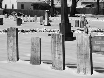 4 Graves in the Snow by redbluegreen462