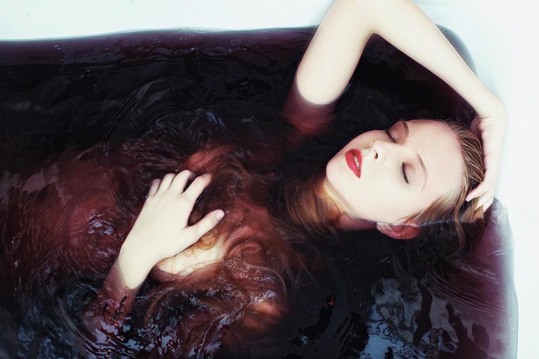 Portrait in water by Ultradevious