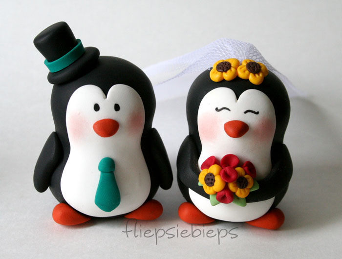 penguin cake toppers wedding penguin wedding cake topper by fliepsiebieps on deviantart 6441