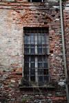 Fenetre a / Window in / Finestra a Cuneo #1 by Zandrine-C