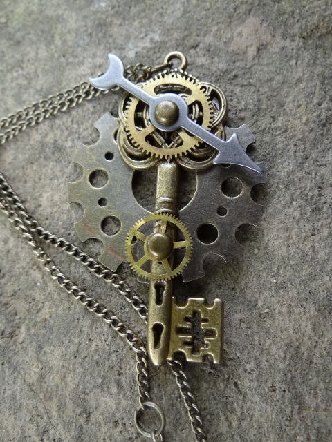 Steamunk key necklace II by Hiddendemon-666