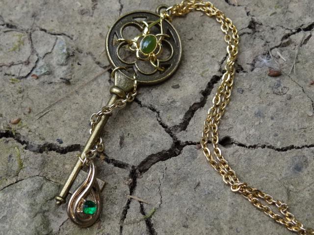 Loki's key by Hiddendemon-666