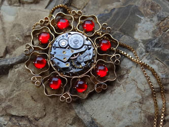Steampunk medallion by Hiddendemon-666