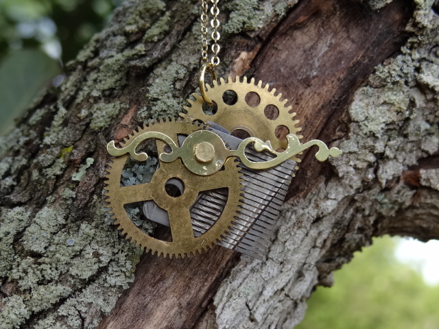 Steampunk heart pendant by Hiddendemon-666