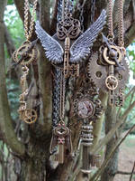 Steampunk keys by Hiddendemon-666