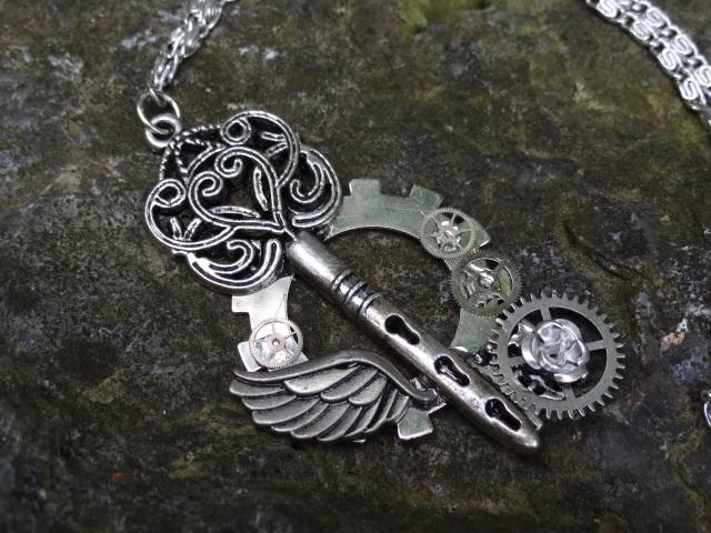Steampunk fantasy key by Hiddendemon-666