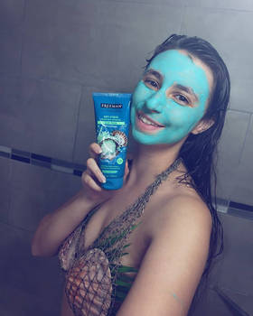 Freeman Beauty - Dead Sea Face Mask - promotional