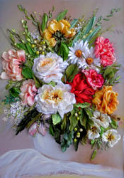 Flowers in vase by TetianaKorobeinyk
