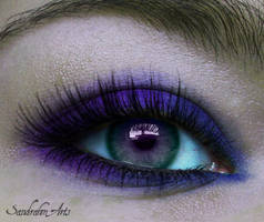 Purple eye by Sandrahm