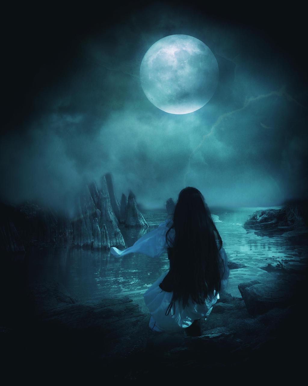 Blue moon by Akxiv