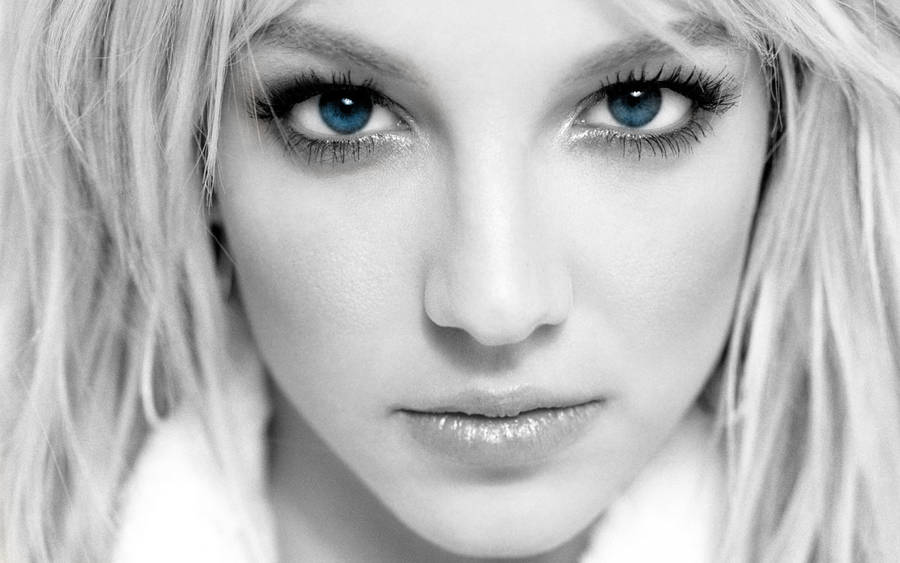 Britney Spears Blue Eyes by moguinho