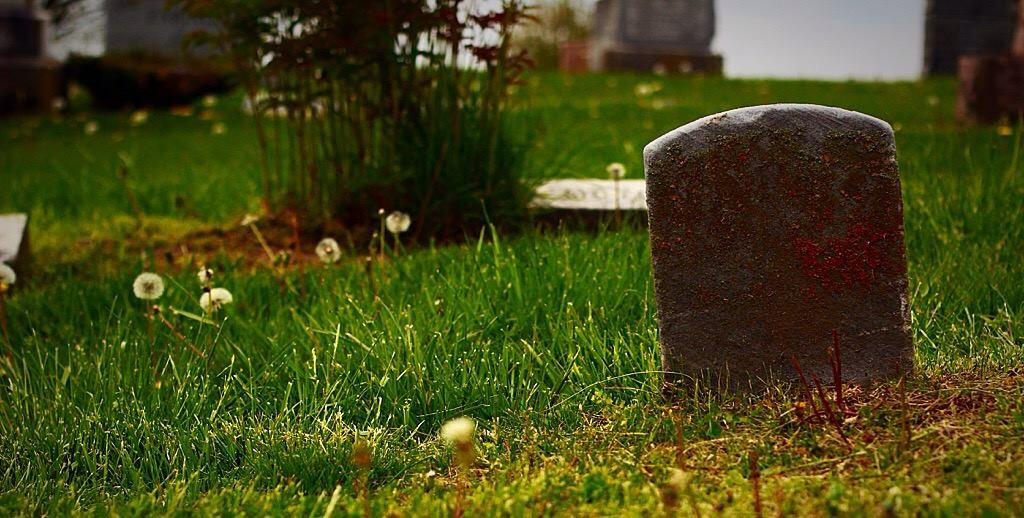 Graveyard. by Kitten--Mittens