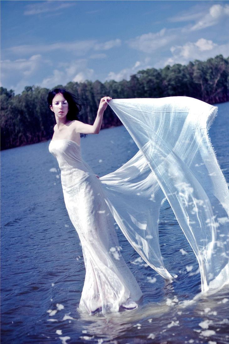 White Swan2 by Ank-sama