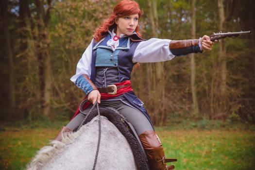 Elise de la serre on horseback