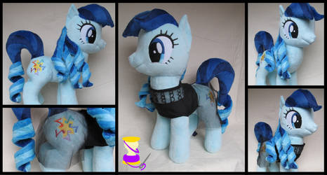 Rara / Coloratura plushie! by Jillah92