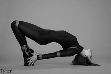 Bondage Yoga by Bellefast