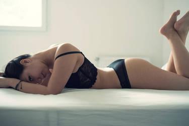 Why won't you let me sleep ? by Felie-Myorha