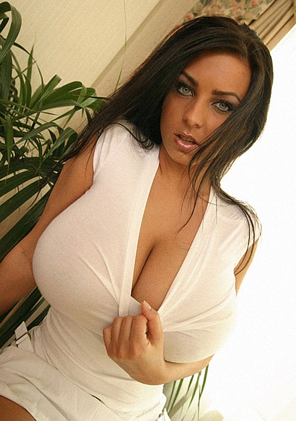 busty-beauty-look-a-likes-cream-pie