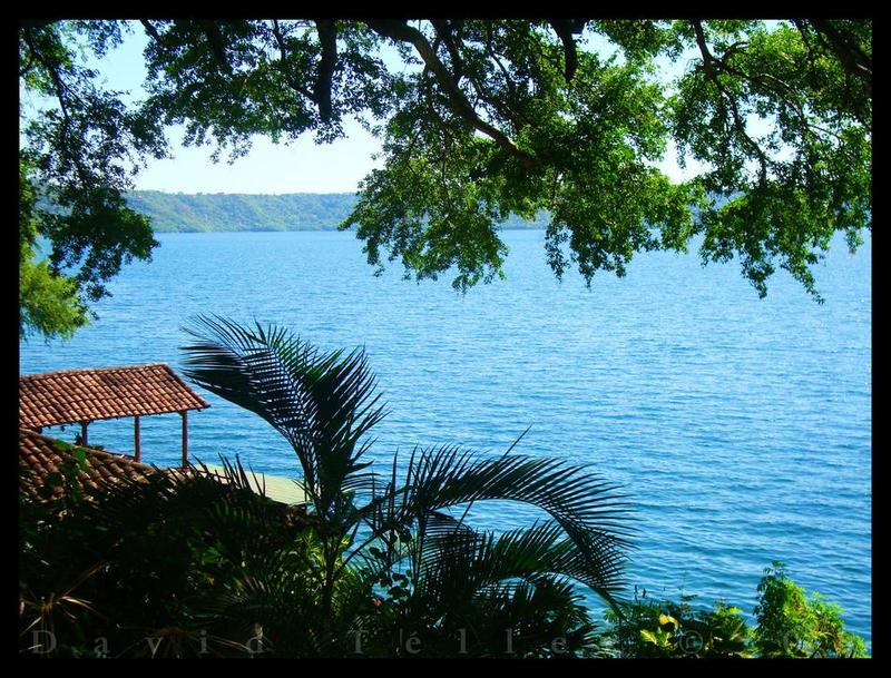 Laguna de Apoyo by DavidTellez