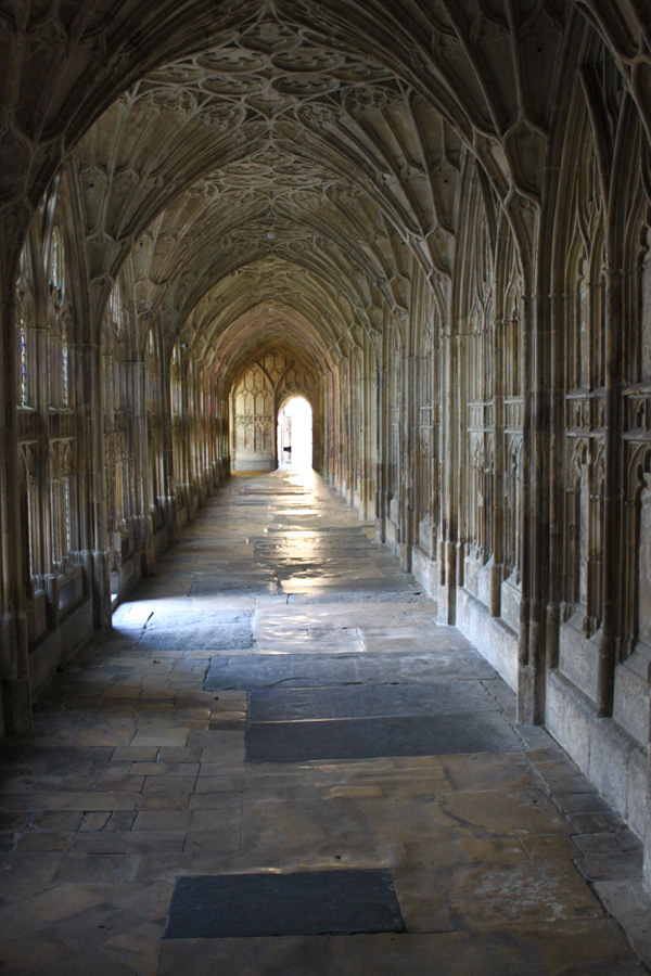 Gloucester Cathedral by melemel