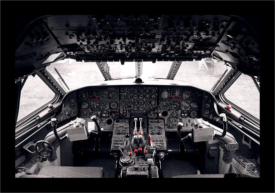 Caravelle Cockpit by Inuksuk