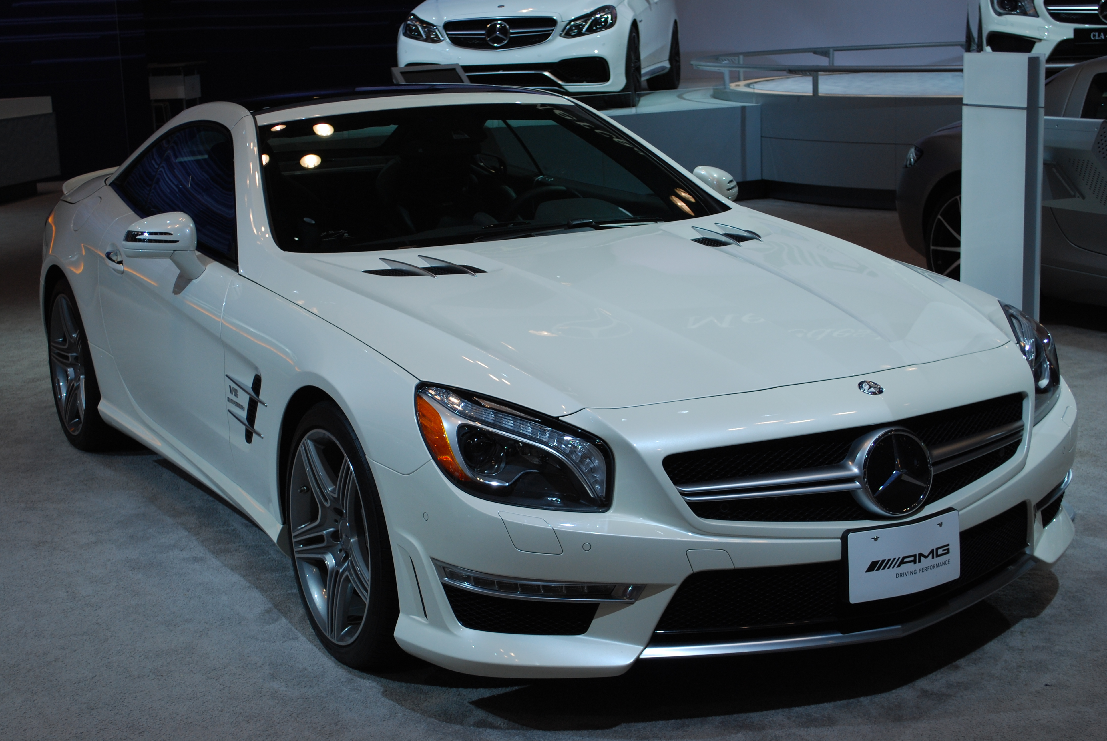2013 mercedes benz sl63 amg roadster 0 60 mph review the for Mercedes benz 0 60