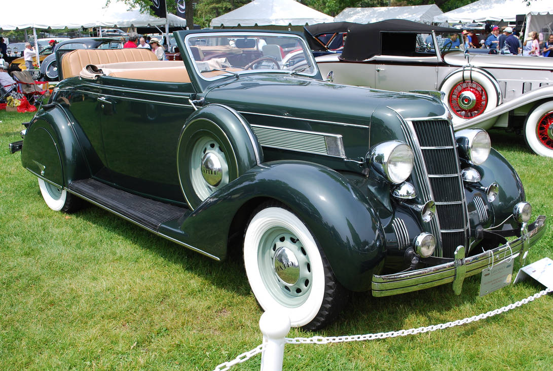 1935 CHRYSLER Airstream Convertible Coupe (II)